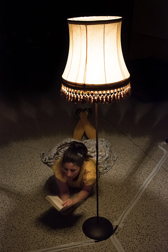 Lisa Lira, lecture Lisabelle sous la lumière face à l'ombre
