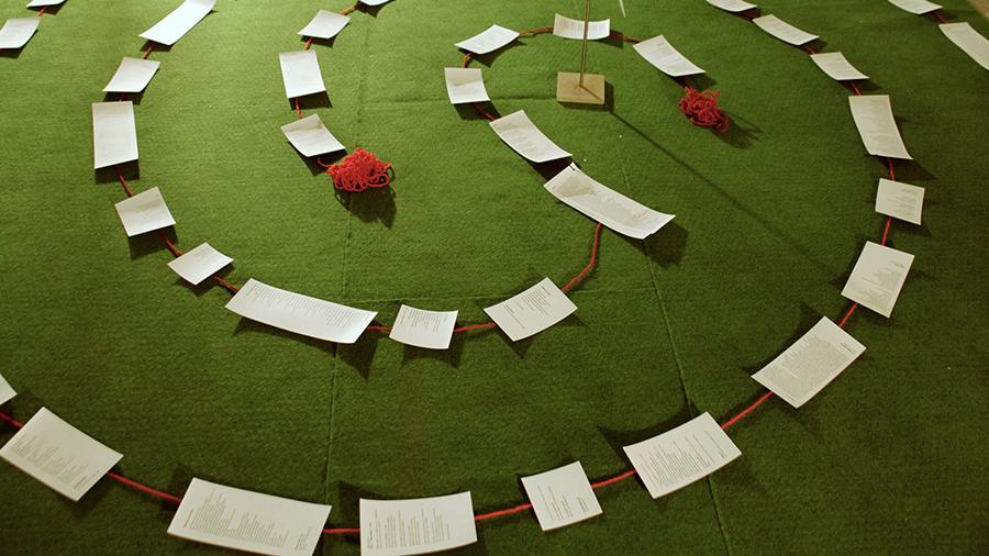 Vernissage de L'exposition Sun Mi Kim, spirale de fil et textes